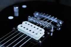 En begreppsbild av en elektrisk gitarr royaltyfri fotografi