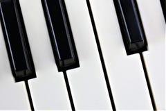 En begreppsbild av ett pianotangentbord Royaltyfria Foton