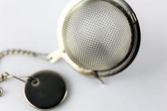 En begreppsbild av ett tefilter - med kopieringsutrymme Arkivfoto