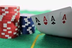 En begreppsbild av en pokerlek, kasino Arkivfoton