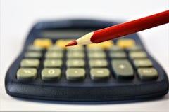 En begreppsbild av en räknemaskin med ett blyertspenna- och kopieringsutrymme Fotografering för Bildbyråer