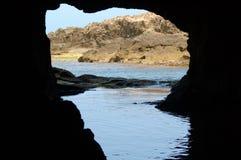 En beskåda från grottan arkivfoto