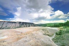 En beskåda från Mammoth Hot Springs Arkivfoton