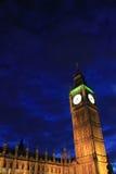 En Big Ben, drottning Elizabeth Tower på natten Royaltyfri Foto