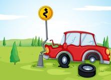 En bil som knuffar till vägmärket Arkivfoton