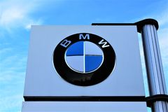 En bild av en BMW logo - Hameln/Tyskland - 07/18/2017 Royaltyfria Bilder