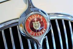 En bild av en Jaguar logo - Bielefeld/Tyskland - 07/23/2017 Royaltyfria Bilder