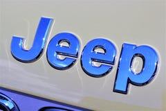 En bild av en Jeep Logo - en Bielefeld/en Tyskland - 07/23/2017 Royaltyfri Foto