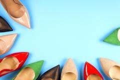 En bild av olika skor, skott av flera typer av skor, Se Fotografering för Bildbyråer