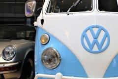 En bild av en VW-logo - Bielefeld/Tyskland - 07/23/2017 Royaltyfria Bilder