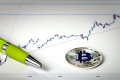 En bild med ett bitcointecken Arkivbilder