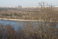 En blå flod Royaltyfria Foton