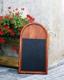 En blank blackboard Royaltyfria Foton
