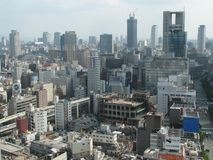 En blick över den moderna horisonten av Osaka, Japan Fotografering för Bildbyråer