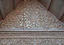 En bois découpé pour le lanna de temple Photo libre de droits