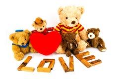 ` En bois d'AMOUR de ` de mots fait à partir des lettres matérielles naturelles Fond de Valentine Photos libres de droits