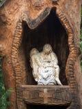En bois peu tombeau Image libre de droits