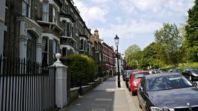 En bostads- gata i Hampstead London royaltyfria foton