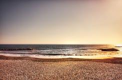En bred seascape med idérika färger Royaltyfri Foto