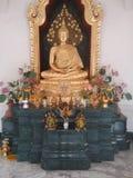 En Buddha avbildar arkivfoton