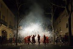 En Cataluña de Correfocs Fotos de Stock Royalty Free