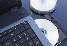 PC en CD Royaltyfri Foto