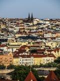En cityscape av Prague Royaltyfri Bild