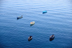 En closup av fiskebåtar på ett hav Royaltyfri Fotografi