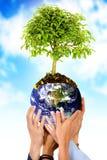 En conjunto salvar el planeta Imagenes de archivo