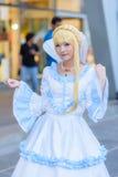 En cosplay oidentifierad japansk anime poserar royaltyfri bild