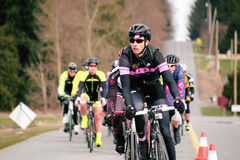 En cyklist Racing Royaltyfria Foton