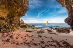 En dörr in i havet Arkivfoto