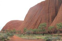 En dag i Uluru Royaltyfria Bilder