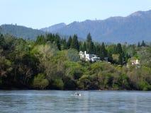 En dag på floden Royaltyfri Fotografi