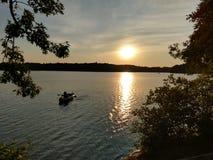 En dag vid sjön fotografering för bildbyråer