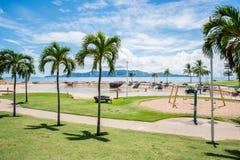 En de schoongemaakte Pool die van de Townsvillerots worden leeggemaakt Stock Fotografie