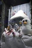 En dehors du magasin de jouet Hamleys en Regent Street Excitation de Noël photographie stock libre de droits