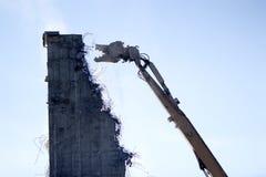 En demolerad gammal beeing för branschplats royaltyfri bild