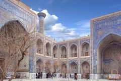 En diciembre de 2018, Uzbekistán, Samarkand, cuadrado de Registan, Madrasa Sherdor 'residente de los leones ' imagen de archivo libre de regalías