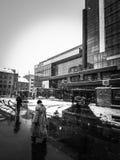 En dyster vinterdag i den stads- miljön Royaltyfria Foton