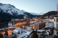 En el amanecer Paisaje asombroso de la montaña de St Moritz, Suiza Fotografía de archivo libre de regalías