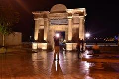 En el Arco del Triunfo Destellos Стоковые Изображения RF