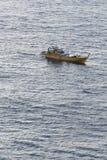En el barco de la pesca en mar Foto de archivo