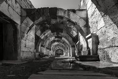 En el centro de la ciudad antigua del ágora de Smyrna, fotografía de archivo