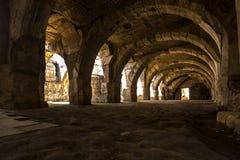 En el centro de la ciudad antigua del ágora de Smyrna, foto de archivo
