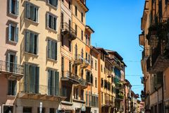 En el centro histórico de Verona, Véneto, Italia imagen de archivo libre de regalías
