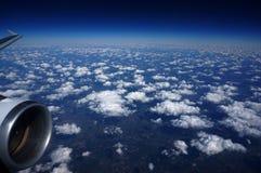En el cielo azul Fotografía de archivo