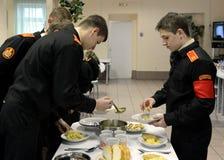 En el comedor del cuerpo del cadete de la policía Imágenes de archivo libres de regalías