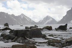 En el glaciar Dugoba, Pamir-alay Foto de archivo libre de regalías