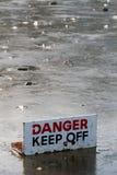 En el hielo fino Fotografía de archivo